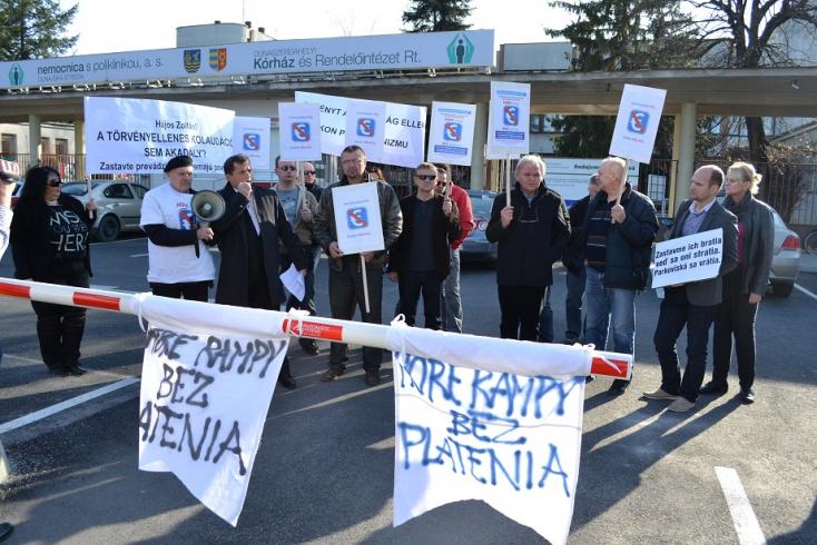 KÓRHÁZI PARKOLÁS: Márciusi ülésszakán foglalkozhat a parlament az egészségügyi törvényt módosító javaslattal