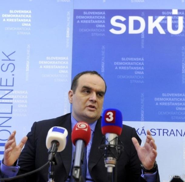 Nem állít saját köztársaságielnök-jelöltet az SDKÚ