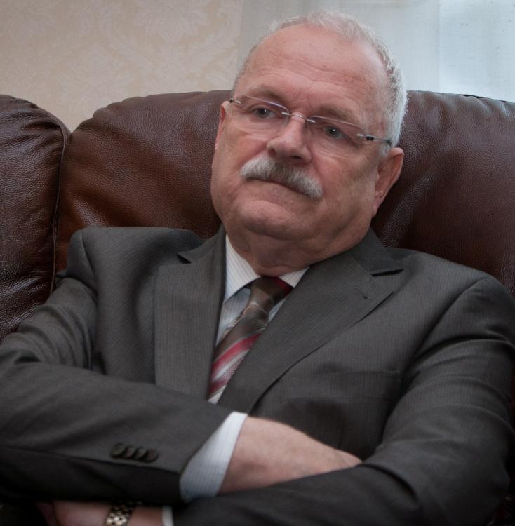 Gašparovič az onkológiai intézetben fekszik, műtét vár rá