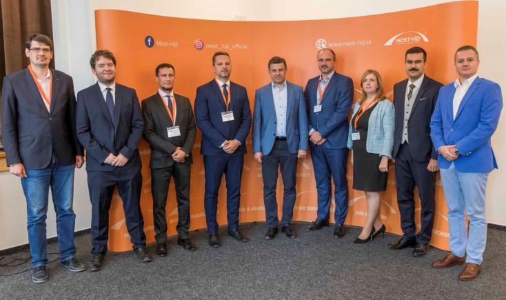 Frissítve: Sólymos László lett a Híd új elnöke, a küldöttek megválasztották az elnökséget is