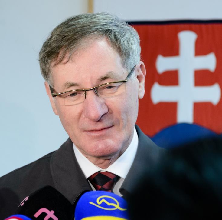 Az államfőválasztáson elsüllyedő Pavol Hrušovskýt jelölnék az Állami Számvevőszék élére