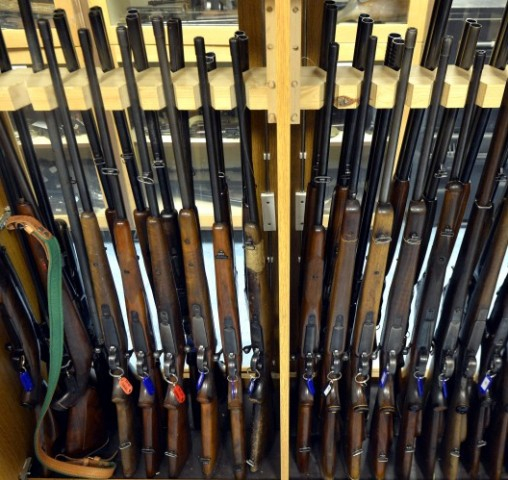 FEGYVERAMNESZTIA: Idén 1778 illegálisan tartott lőfegyvertől szabadultak meg büntetés nélkül