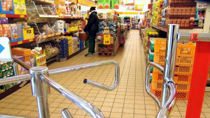 Így lesznek nyitva a hazai üzletláncok az ünnepek alatt