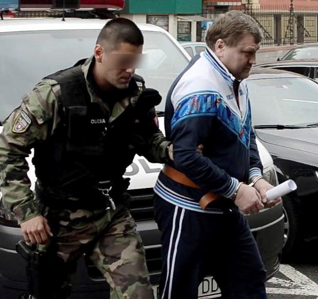 A Salmanov-botrány miatt a Smer dunaszerdahelyi elnöke párttagsága felfüggesztését kérte!