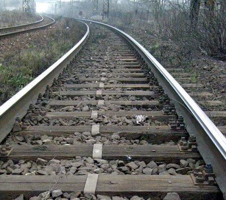 TRAGÉDIA: Hetente ketten vetik magukat a vonat elé, vagy szenvednek sérülést a síneken