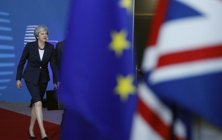 BREXIT: Hosszú távon komoly gazdasági károkat okozna a megállapodás nélküli kilépés