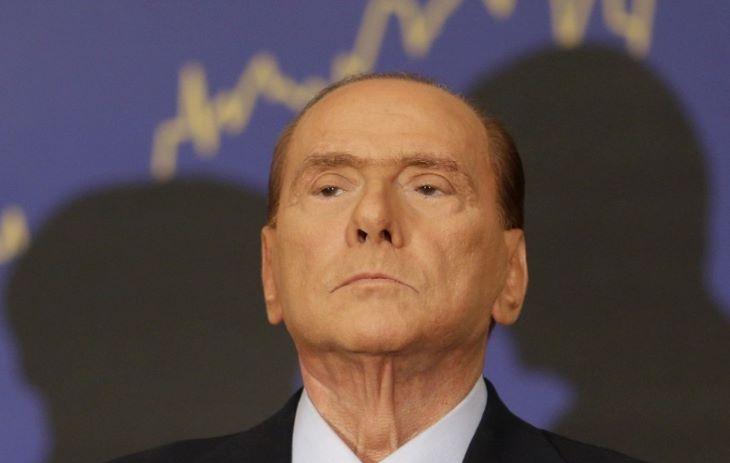 Nem hajlandó személyesen megjelenni többet a bíróság előtt Silvio Berlusconi