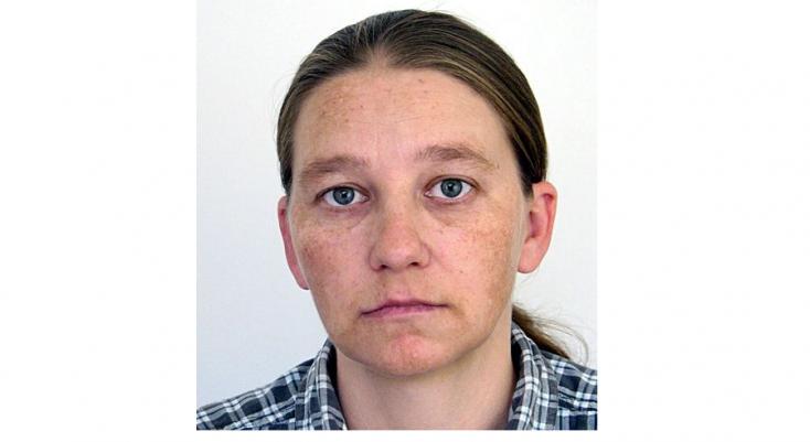 Elfogatóparancsot adtak ki a 38 éves dunaszerdahelyi nő ellen