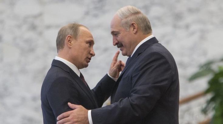 Fehérorosz válság: Putyin négyszemközt tárgyal Lukasenkával