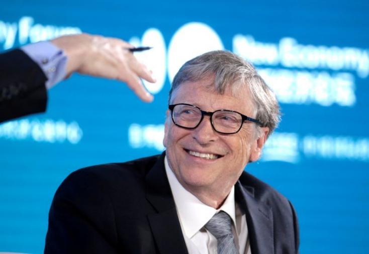 Bill Gates eszementnek és gonosznak nevezte a személyével és a koronavírussal kapcsolatos összeesküvés-elméleteket