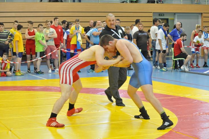 Juniorok országos bajnoksága Somorján