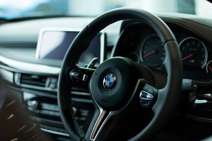 Leépít a BMW