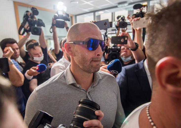 Bödör ellen súlyosak a bizonyítékok, a bíró rámutatott a Jankovskának ajándékozott mobilra is