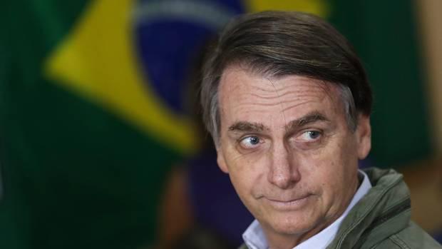 A brazil elnök a nyomtatott sajtón állna bosszút az őt ért támadásokért