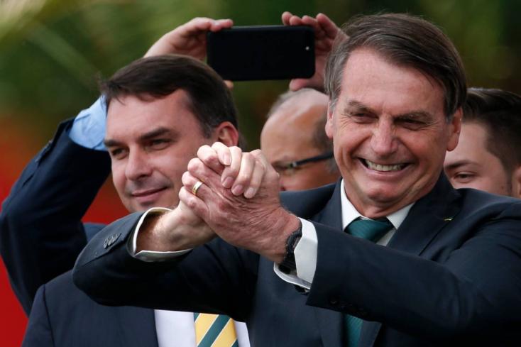 Ehhez pofa kell: DiCapriót okolja a brazil elnök az amazóniai erdőtüzekért!