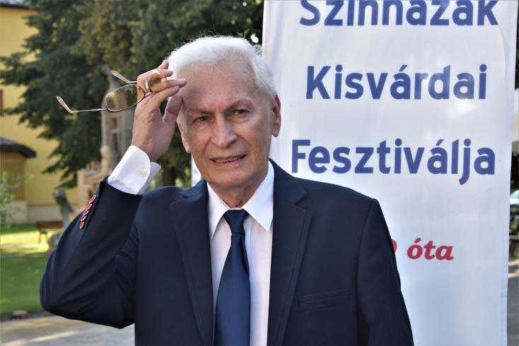 Életműdíjat kapott Kisvárdán Boráros Imre színművész