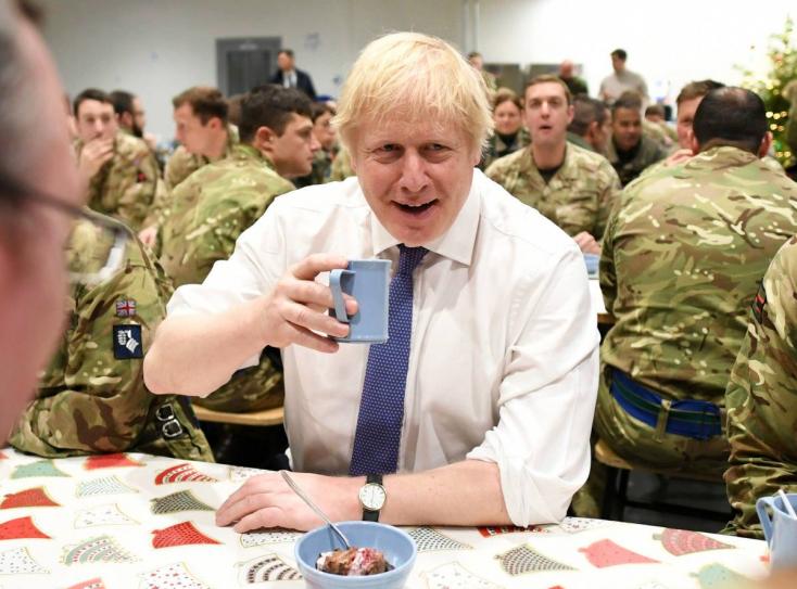 Boris Johnson kiadós dáridót tervez a Brexit napján!