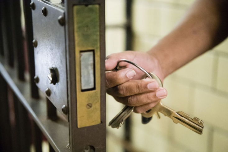 Súlyos börtönbüntetésre ítéltek két brit kincsvadászt viking kincs eltulajdonításáért