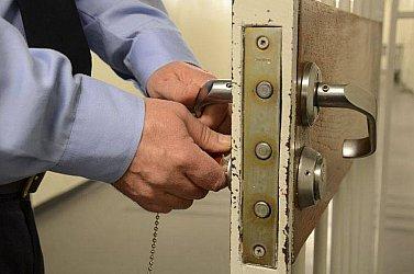 Több tucat rab szökött meg egybörtönből