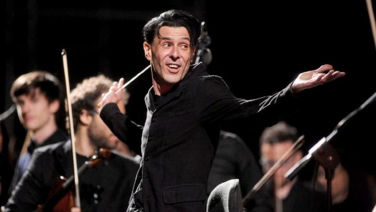 Súlyos betegségben elhunyt Ezio Bosso olaszzeneszerző, karmester