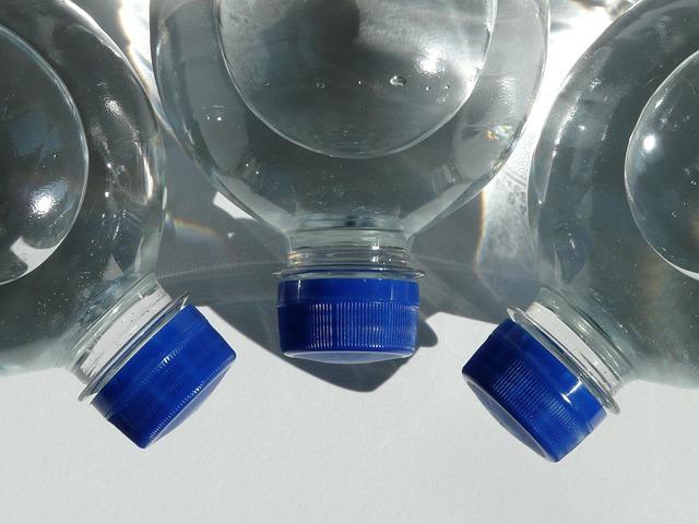 A PET-palackok visszaváltása nem váltja fel a szelektálást