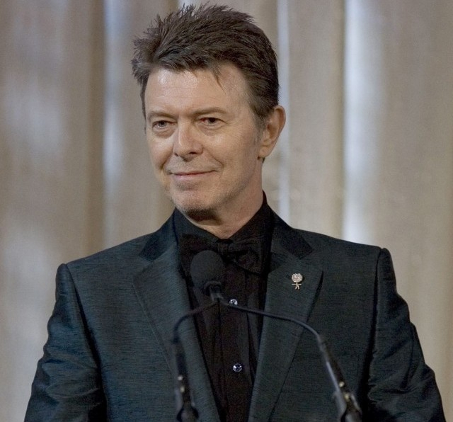 David Bowie volt a legnépszerűbb előadóművész 2016-ban Nagy-Britanniában