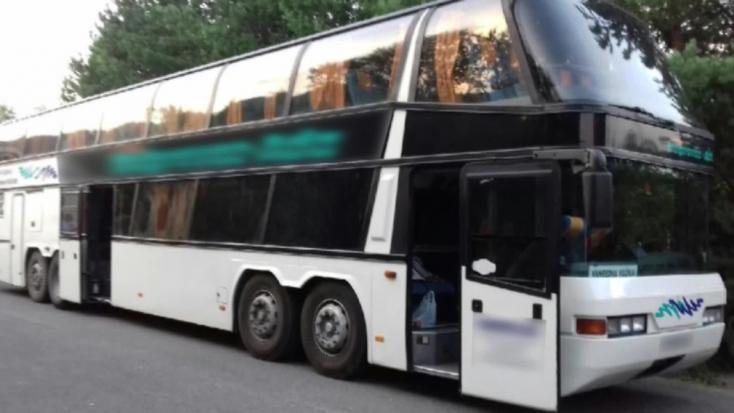Magyarországi turisták kerültek bajba Szlovákia leghosszabb alagútjában