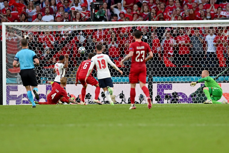 EURO-2020: Anglia hosszabbításban verte Dániát, ezzel bejutott a döntőbe