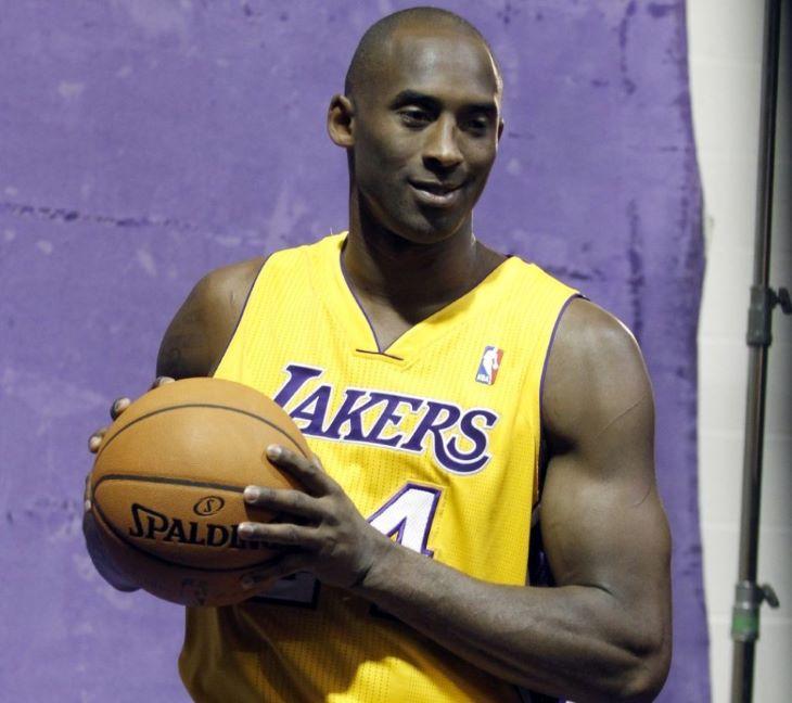 Kobe Bryant is bekerül a Hírességek Csarnokába