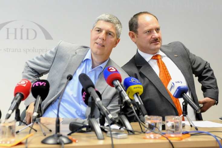 Simon Zsolt új párt létrehozásán dolgozik – villáminterjú a Híd korábbi alapítójával