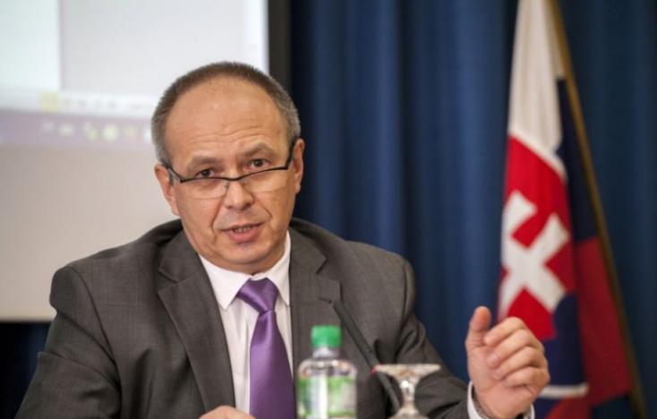 Egyelőre marad posztján Bukovszky László (Híd) kisebbségi ügyi kormánybiztos