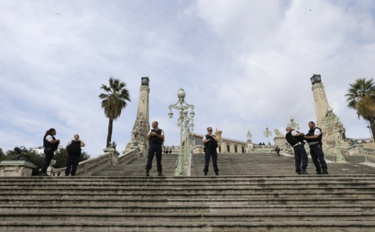 Leváltják az illetékes francia prefektust a Marseille-i késelő elengedése miatt