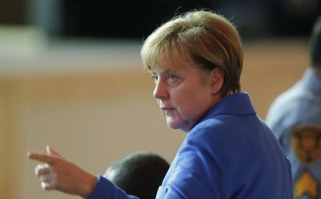 Kvótaper - Merkel: Elfogadhatatlan az Európai Bíróság döntésének semmibe vétele
