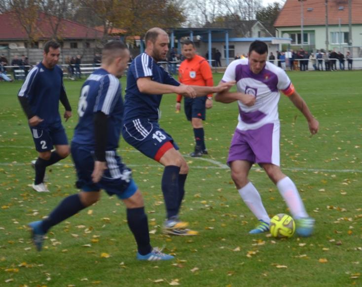 Területi focikalauz: Nyékvárkonyon a hazaiak a veretlen kisudvarnokiak skalpját szeretnék begyűjteni