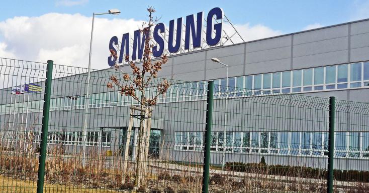 Folytatódnak az elbocsátások a galántai Samsungnál, amelyik Magyarországra helyezi a termelését