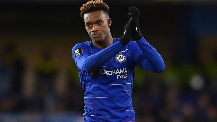 Szerződést hosszabbított a Chelsea angol válogatott futballistája