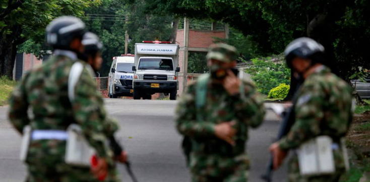 Autóba rejtettbomba robbant egy katonai támaszponton, sokan megsérültek