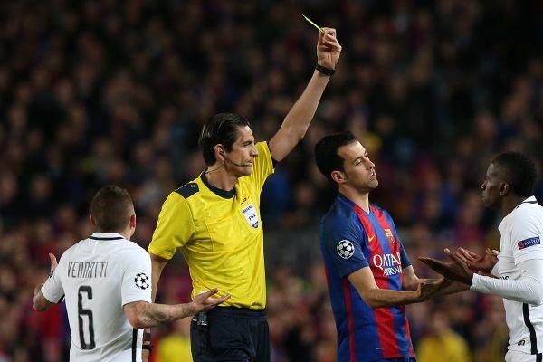 Megütheti a bokáját a Barcelona - PSG mérkőzés német játékvezetője
