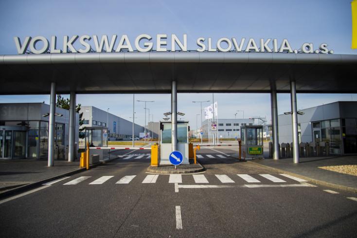 Pert indított a pozsonyi Volkswagen ellen egy csallóközi alkalmazott amiatt, amit szerinte a cégnél át kellett élnie