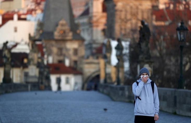 Koronavírus - Tizennégynapos szükségállapotot vezetnek be Csehországban