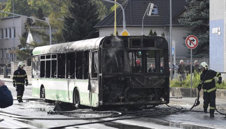 Kigyulladt egy városi busz Kassán