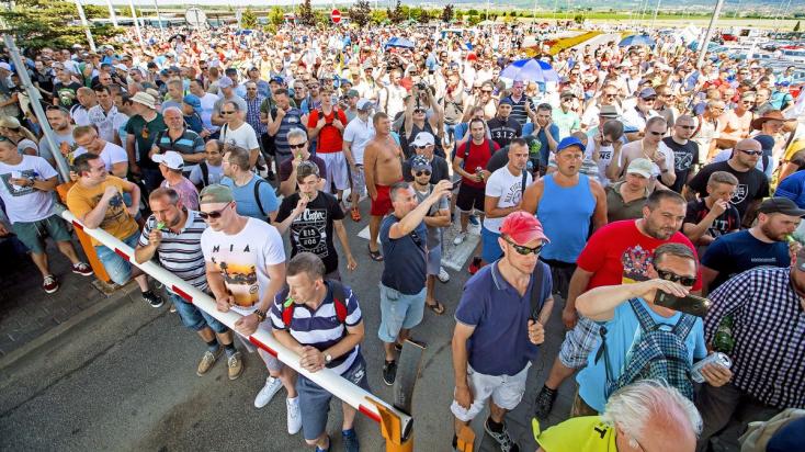 Megfélemlítették a pozsonyi Volkswagen sztrájkoló dolgozóit?