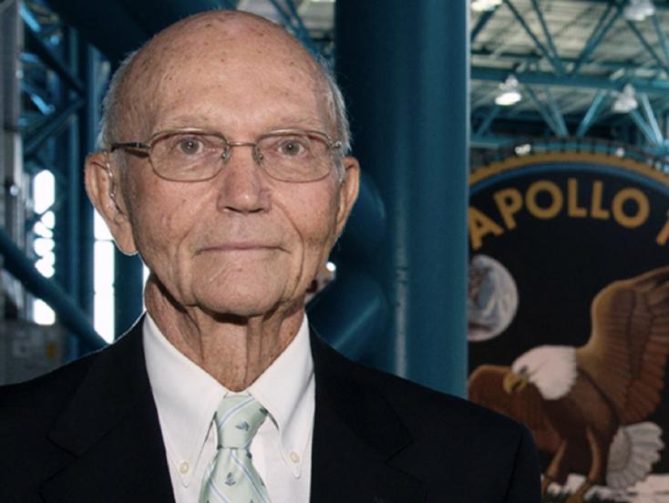 Meghalt Michael Collins, az Apollo-11 legénységének tagja