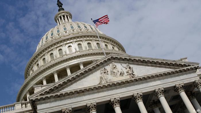 Megkezdődött a Donald Trump felmentését célzó eljárásról szóló vita az amerikai képviselőházban