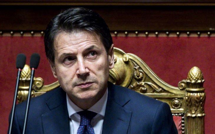 Az olasz kormányfő kedden benyújtja a lemondását