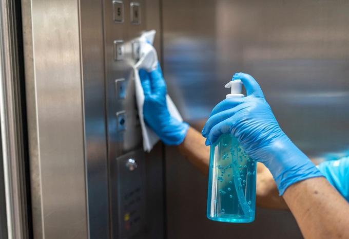 Koronavírus - Rendkívüli óvatosságra intett a koronavírus elleni intézkedések feloldásában a WHO