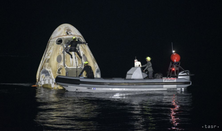 MICSODA KALAND: Biztonságosan visszatért a Földre a SpaceX kizárólag űrturistákat szállító űrhajója