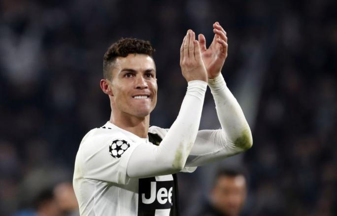 Ronaldo Sarri munkáját és a támadóbb Juventust dicsérte