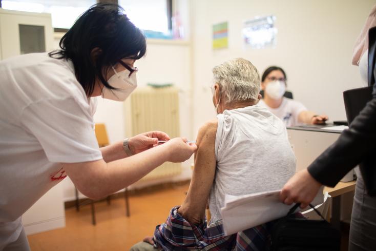 Az oltatlanok járványává kezd válni a Covid-19, az elmúlt két hónapban a fertőzöttek 91 százaléka nem volt beoltva