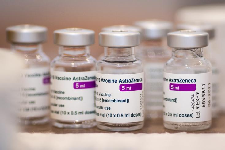 FELMÉRÉS: Csaknem ugyanannyi szlovák állampolgár tartja elfogadható vakcinának a Szputnyikot, mint a Pfizert